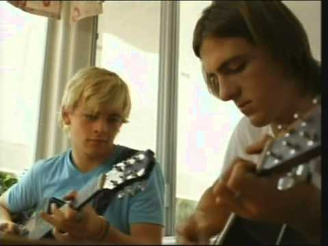 Ross Lynch and R5 - \