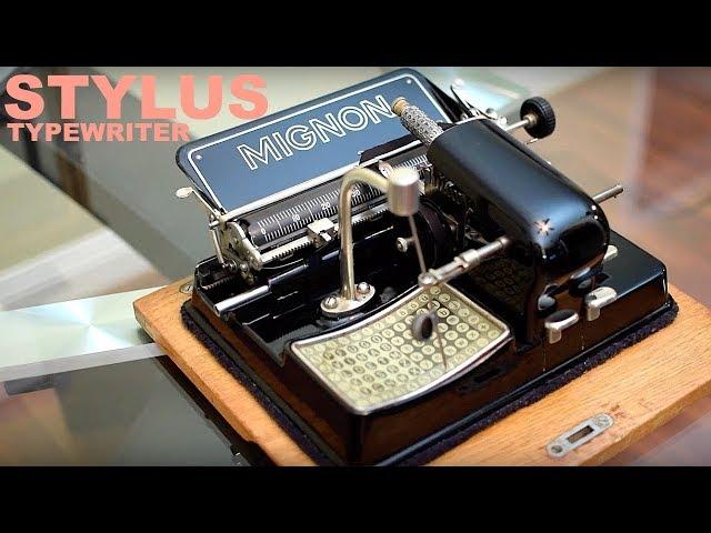 小型タイプライター