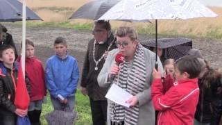 Kranslegging Calvijnschool aan de Oostdijk
