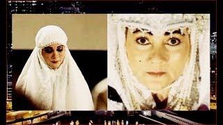 Video Agar Mirip Suzzanna, Luna Maya Rela Make Up di Rusia Part 1B - HPS 08/11 MP3, 3GP, MP4, WEBM, AVI, FLV November 2018