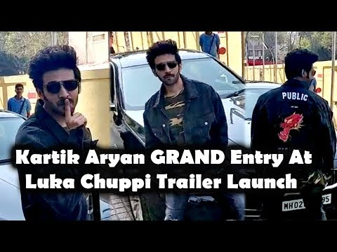 Kartik Aryan GRAND Entry At Trailer Launch Luka Chuppi