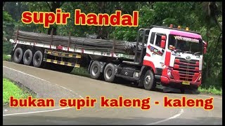 Video TRAILER UD, Tidak mudah menaklukan jalur ini, hanya ada di indonesia. (SITINJAU LAUIK) MP3, 3GP, MP4, WEBM, AVI, FLV November 2018