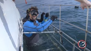 Michael Phelps dives with Great Whites for the first time. Phelps vs Shark Sunday July 23 @ 8ET on Discovery Canada www.discovery.ca/Shows/Shark-Week.