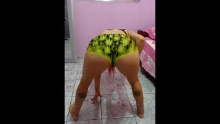 RED HEAD BRAZILIAN GIRL BACKING IT UP