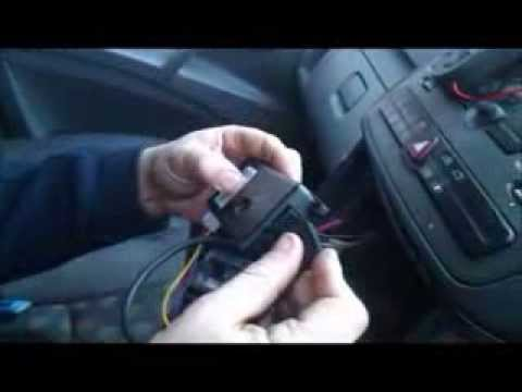 How to install a Universal Handsfree Car Kit in a Mercedes Vito Van