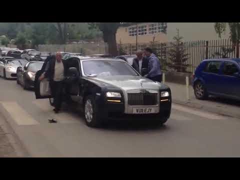 Đón đâu phong cách con trùm mafia
