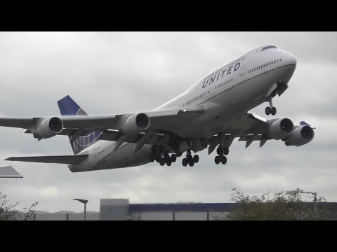 Heavy Departures at London Heathrow Airport, RW27R   24-10-17 видео