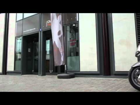 Vídeos de la Peugeot Satelis 125 Urban de 2012