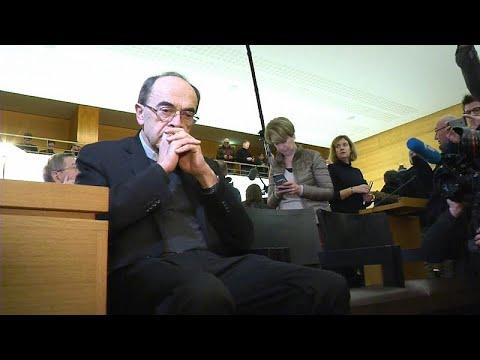 Γαλλία: 6 μήνες με αναστολή στον Καρδινάλιο Μπαρμπαράν