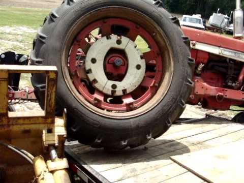 Farmall 656 after trailer accident