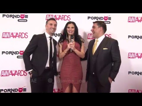 PornDoe Premium interview with Keiran Lee and Toni Ribas @ the AVN Awards 2016 (видео)