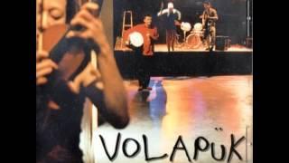 Volapük es el nombre del grupo. Where is Tamashii? es el título del disco, editado y producido en 2003 por Orkhêstra e Inouï Productions. Pas de Panique es el ...