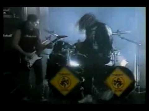 D.R.I. – Beneath The Wheel