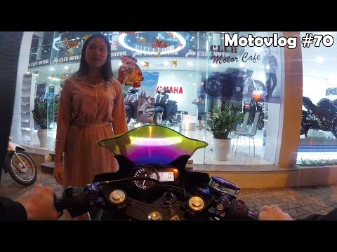 Bạn gái tôi là nhân viên Yamaha Town | Motovlog 70 - Thời lượng: 11 phút.
