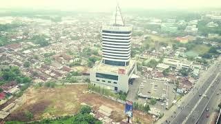 Begini ternyata penampakan puncak Menara Graha Pena Makassar