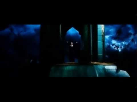 Oz the Great and Powerful - Evanora tricks Theodora/Evanora sends the Flying Baboons