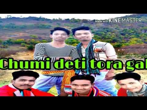 Video Chumi deti tor gale new sambalpuri (By Crazy Boys Dance Group) download in MP3, 3GP, MP4, WEBM, AVI, FLV January 2017