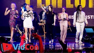 Nonton The Cast of Pitch Perfect 3 at VidCon 2017 Film Subtitle Indonesia Streaming Movie Download