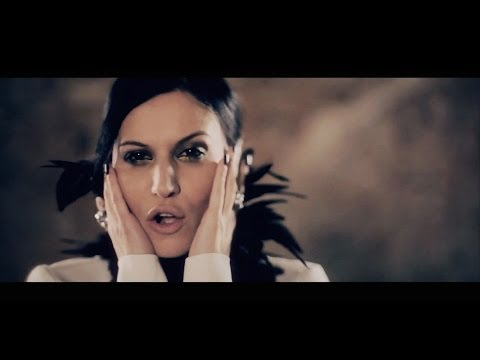 LACUNA COIL - I Forgive (But I Won't Forget Your Name) (OFFICIAL VIDEO):  LACUNA COIL - I Forgive (But I Won't Forget Your Name) (OFFICIAL VIDEO).  Get the new album now: iTunes: http://smarturl.it/brokencrownITUNESAmazon: http://smarturl.it/brokencrown_amazonCM Distro: http://smarturl.it/LC-BCHcmdTaken from the album