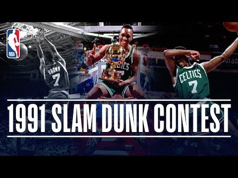Video: Dee Brown Wins the #ATTSlamDunk Contest in 1991