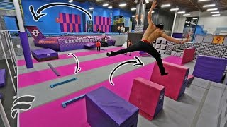 Video SUPER TRAMPOLINE PARK OBSTACLE COURSE MP3, 3GP, MP4, WEBM, AVI, FLV September 2018
