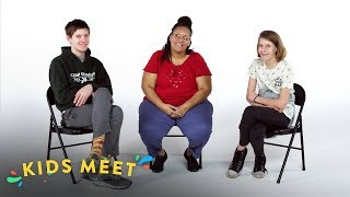 Video Kids Meet a Death Row Exoneree | Kids Meet | HiHo Kids MP3, 3GP, MP4, WEBM, AVI, FLV Juli 2019