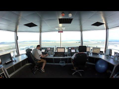 Kassel Airport: Blick in den Tower - Flughafen Calden (Nordhessen)