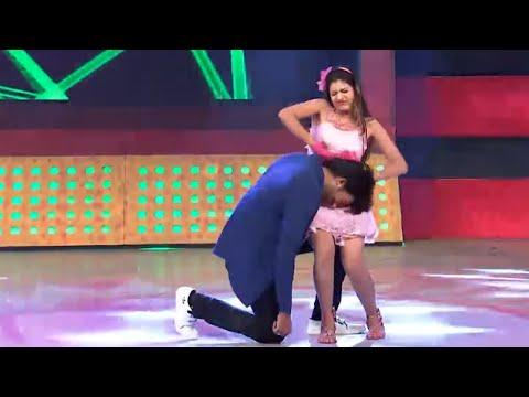 Video Yuvraj & Queen DJ Wala Dance   Tarang Parivaar Maha Muqabilla   SE3 Ep 3   Full Gadbad download in MP3, 3GP, MP4, WEBM, AVI, FLV January 2017