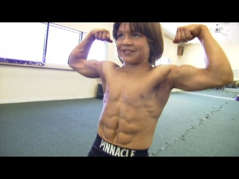 Video Kid Bodybuilder 'Little Hercules' is All Grown Up and Chasing a New Dream download in MP3, 3GP, MP4, WEBM, AVI, FLV January 2017