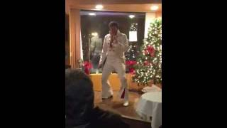 Port Jefferson Station (N United States  City new picture : Rick Virga as Elvis at Vito's of Port Jeff