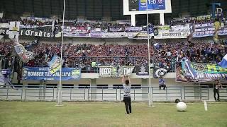 Video Bomber : Crowd Ambience Persib Vs Arema (2018) MP3, 3GP, MP4, WEBM, AVI, FLV Oktober 2018