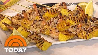 Video Grilled Shrimp Skewers And Cucumber Salad In Minutes | TODAY MP3, 3GP, MP4, WEBM, AVI, FLV November 2017
