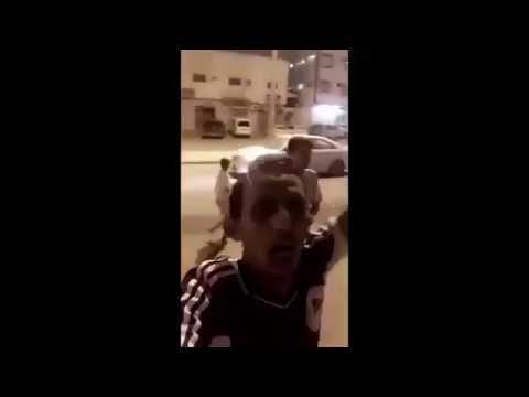#فيديو : شباب يسيطرون على حريق بمخبز وينقذون سكان العمارة #انقاذ_مخبز_حاره_السفاح #السعودية