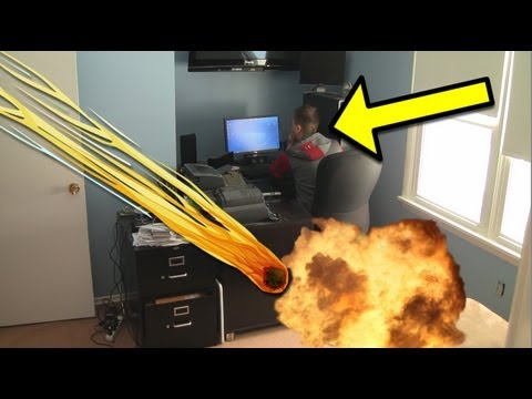 Funny Pranks : Meteor Scare Prank