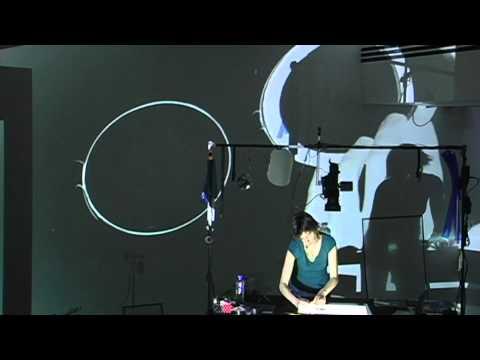 Manon de Pauw - performance de l'artiste Nuit Blanche 2009
