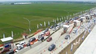 Video Selasa (19/6), Pintu Tol Fungsional Brebes-Semarang Padat MP3, 3GP, MP4, WEBM, AVI, FLV Juni 2018