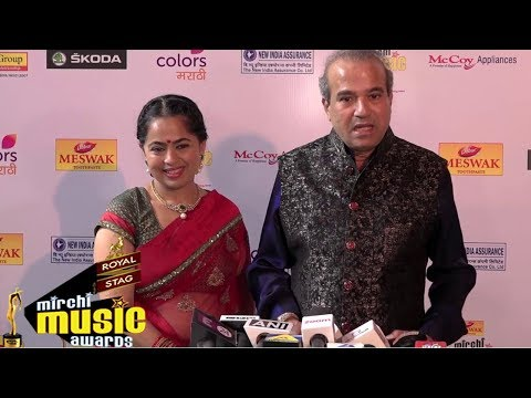 Suresh Wadkar & Padma Wadkar At Red Carpet Of 6th Mirchi Music Awards Marathi 2018