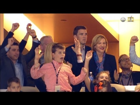 REALLY!!?? Did you see Eli Manning's reaction to his Brother's win!!!!?