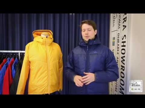 The Tierra Proceed jacket is a Insulated jacket with face material and lining in recycled polyester. Two hand pockets, adjustable hood. 100 g primaloft Eco in body and 60 g Primaloft Eco in sleeves. The material keeps its warming abilites even if should get damp.