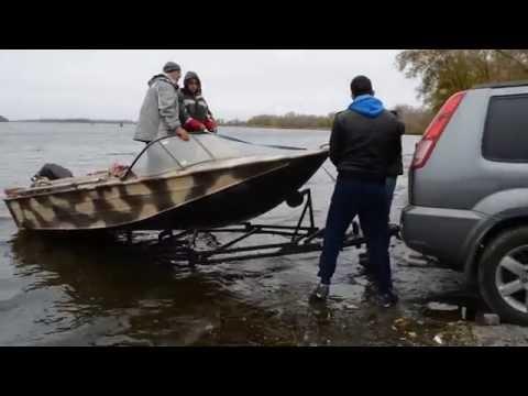 алюминиевые лодки спуск на воду