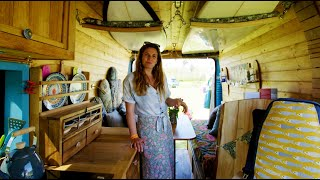 SPACIOUS SURF-VAN CONVERSION  🏄🚐  with BEAUTIFUL INTERIOR DESIGN & Clever Bed Options by Nate Murphy