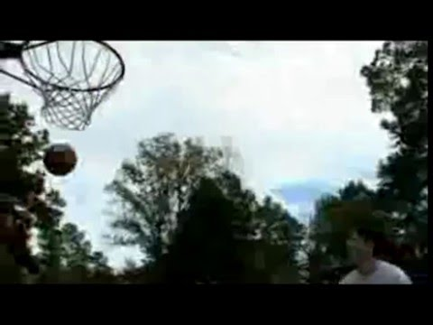 Basketball (Bloopers)