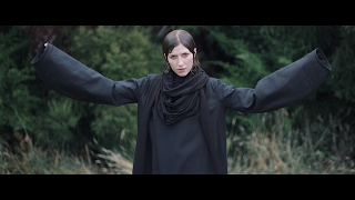 Download lagu Aldous Harding - Horizon (Official Video) Mp3