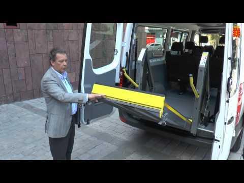 El Cabildo presentó hoy el nuevo vehículo adaptado para el Centro de Día de Alajeró