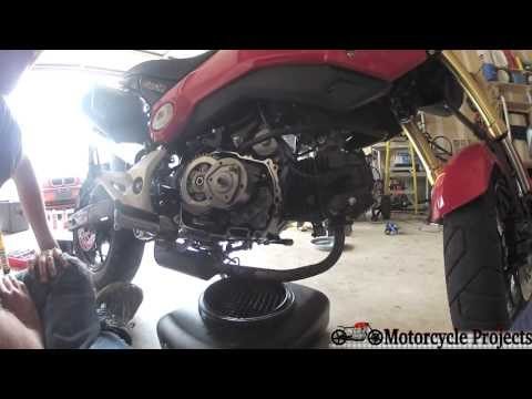 grom - This video shows the entire process of a typical oil change on a 2014 Honda Grom (MSX125 in Europe/Asia). The oil is drained, and both the filter screen and ...