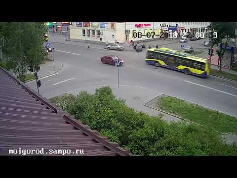 ДТП в Петрозаводске на улице Горького