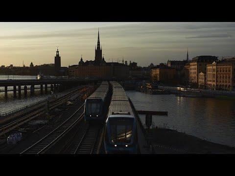 Schweden: Covid-19-Fälle steigen an - schärfere Maßnah ...