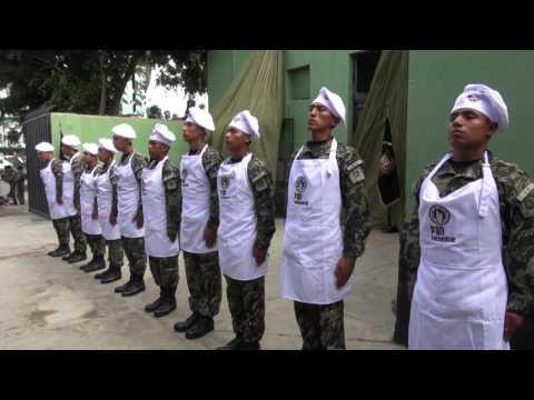 Reconocimiento a empresarios y militares por labor solidaria
