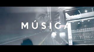 JUAN MIÑANO rinde homenaje a la «Música»