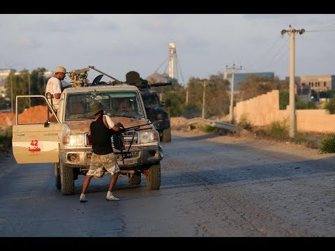 الاشتباكات تعود لليبيا.. تعرف على أعداد الضحايا